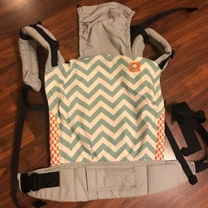 Tula Toddler Carrier in Blue Zig Zag